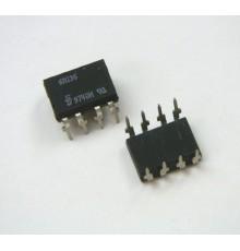 6N136 - 1*Optočlen, LED/TRANZISTOR, Uiz=2.5kV, If=50mA, Uce=20V, 50%